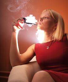трубку курят только мужчины - миф